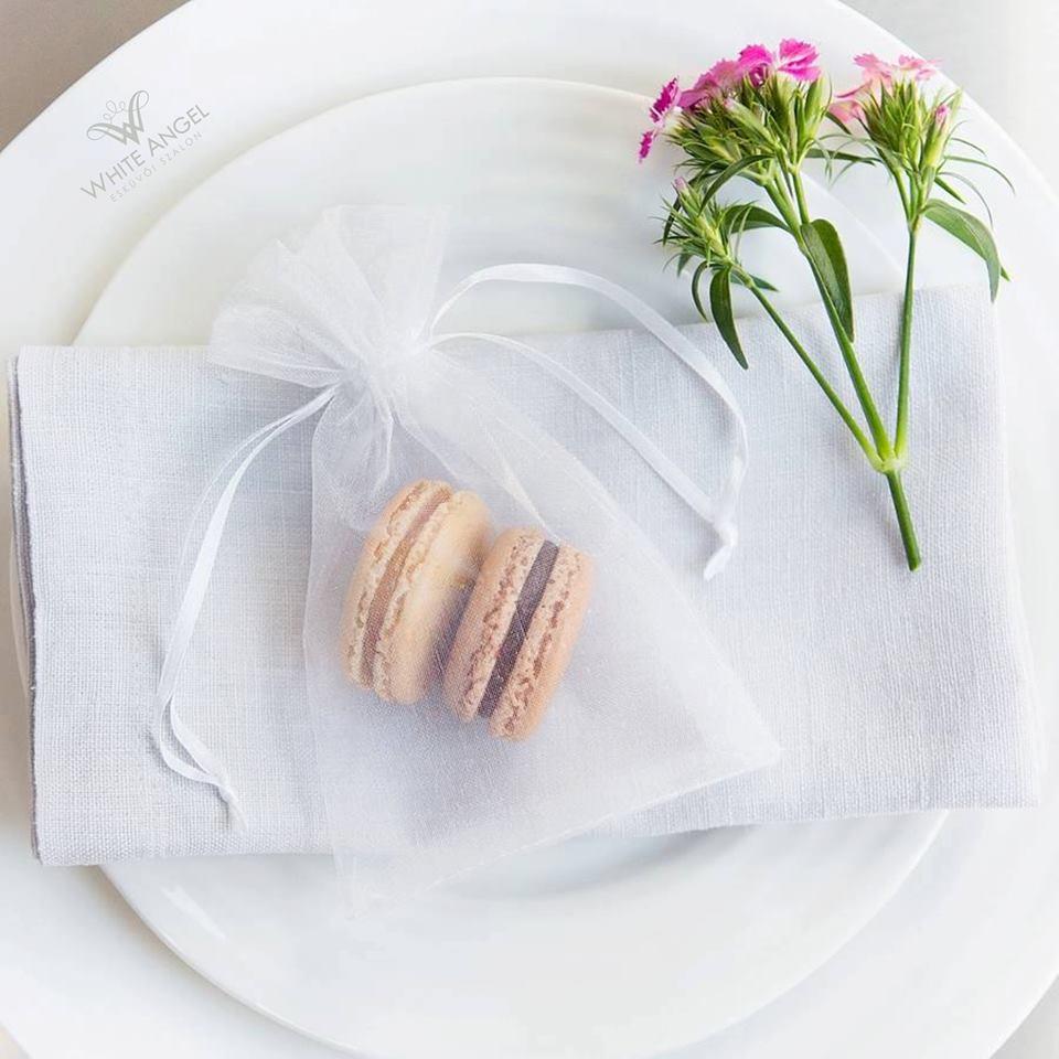 koszonet-ajandek-eskuvo-menyasszony-white-angel-9