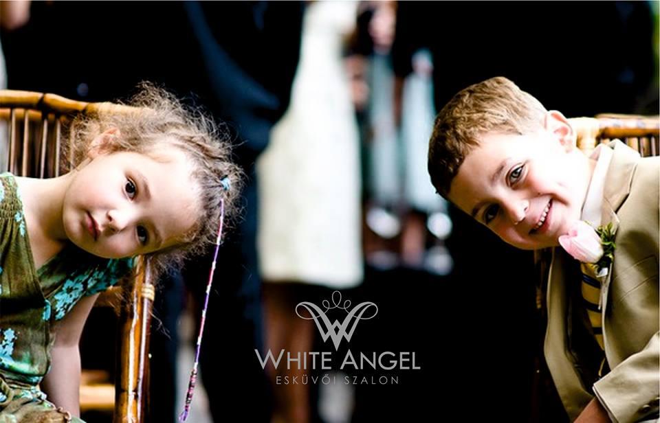 Mi legyen a gyerekekkel az esküvő alatt?