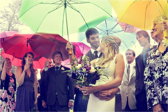 Mit tegyek ha esik az eső az esküvő napján?