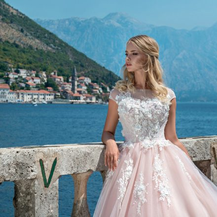 EM menyasszonyi ruha 18-03