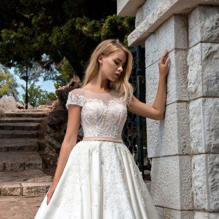 EM menyasszonyi ruha 18-06