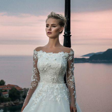 EM menyasszonyi ruha 18-10