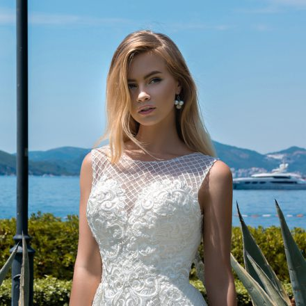 EM menyasszonyi ruha 18-11