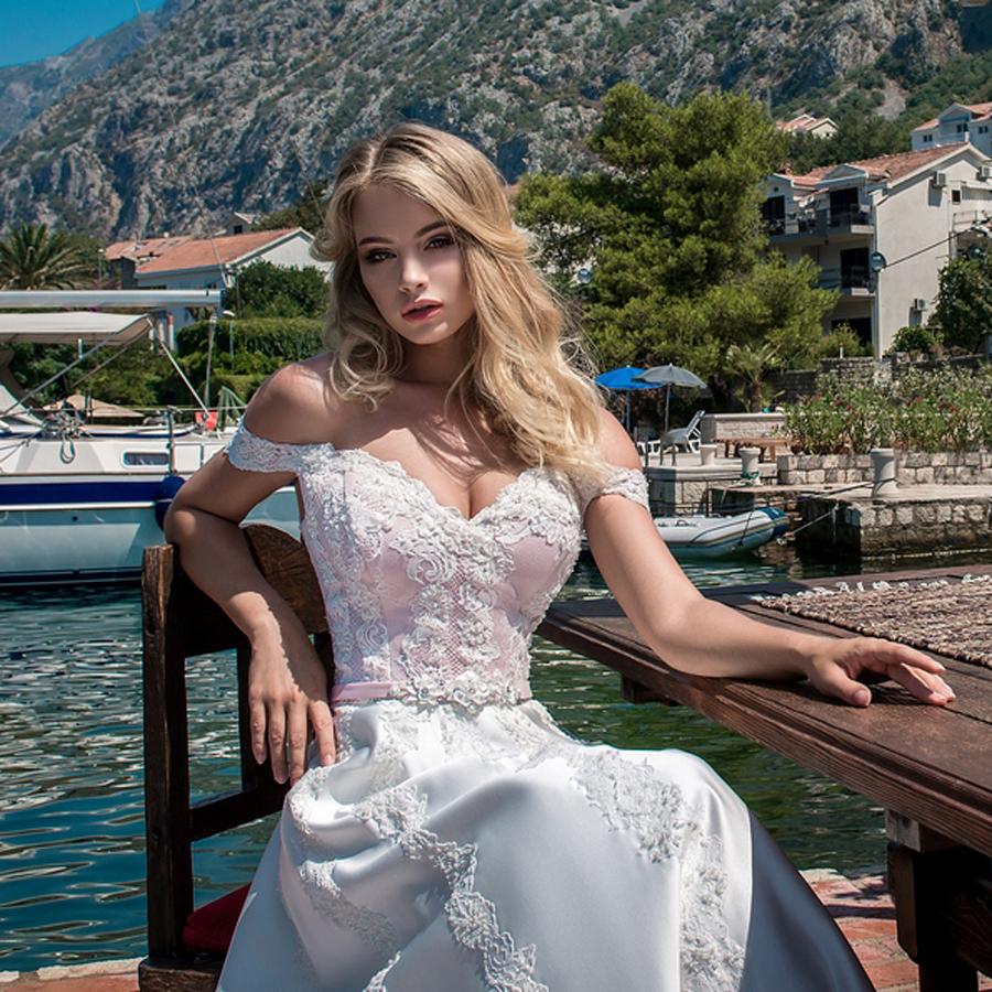 EM menyasszonyi ruha 18-12