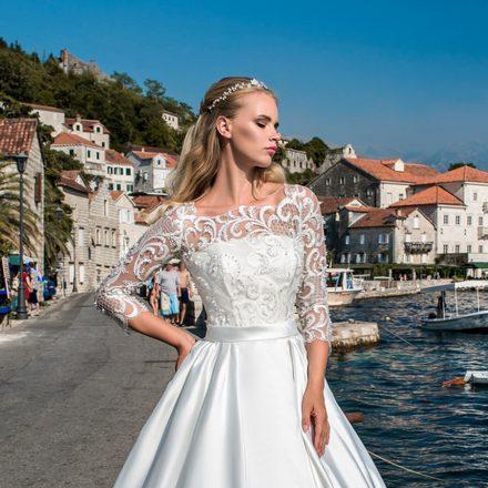 EM menyasszonyi ruha 18-16