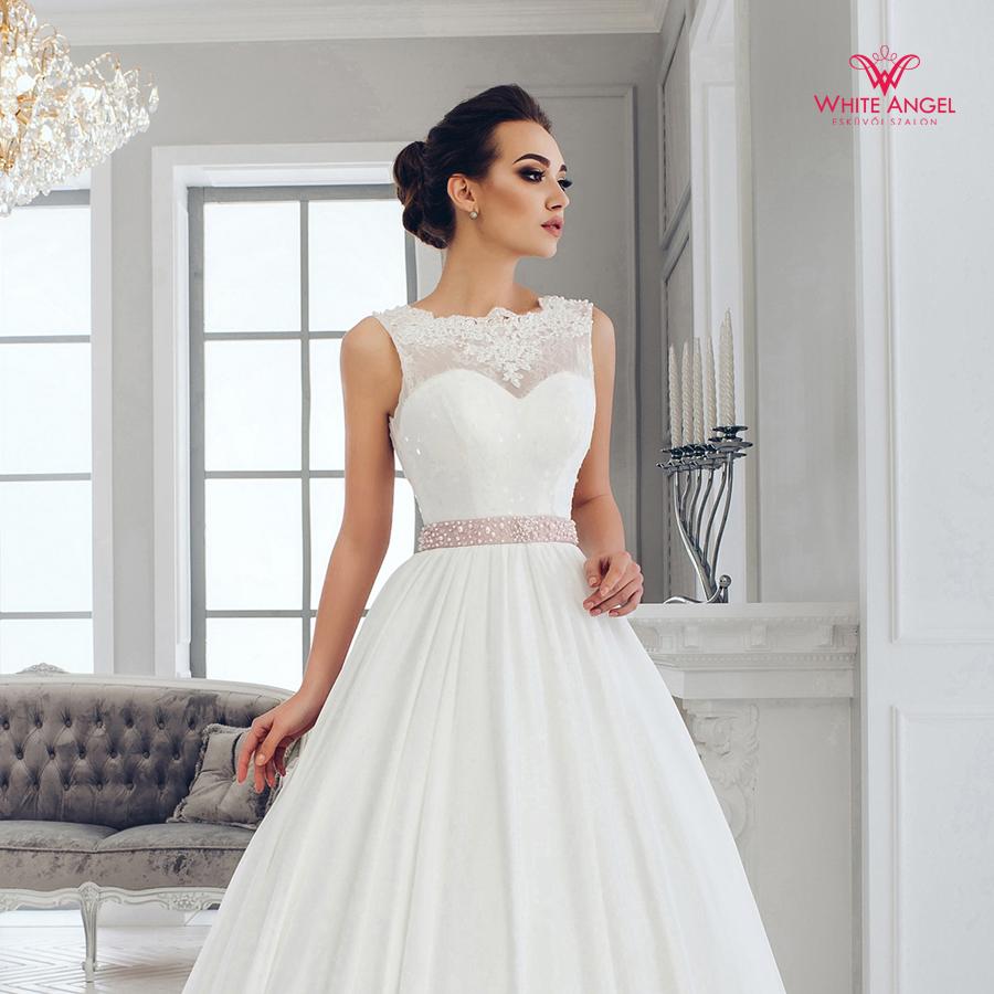Menyasszonyi ruha Mary White 1001 - White Angel Esküvői Szalon 38f6406462