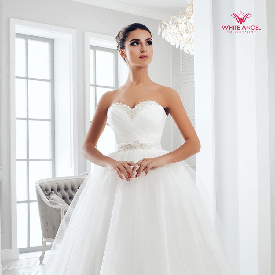 Menyasszonyi ruha Mary White 1013