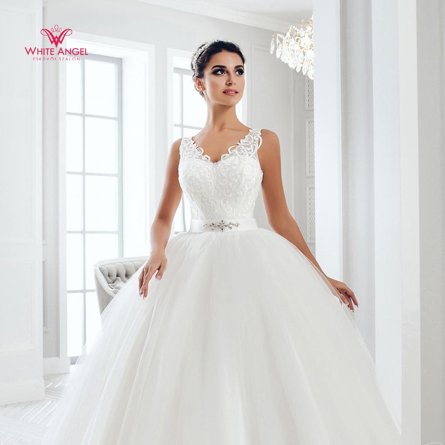 Menyasszonyi ruha Mary White 1029