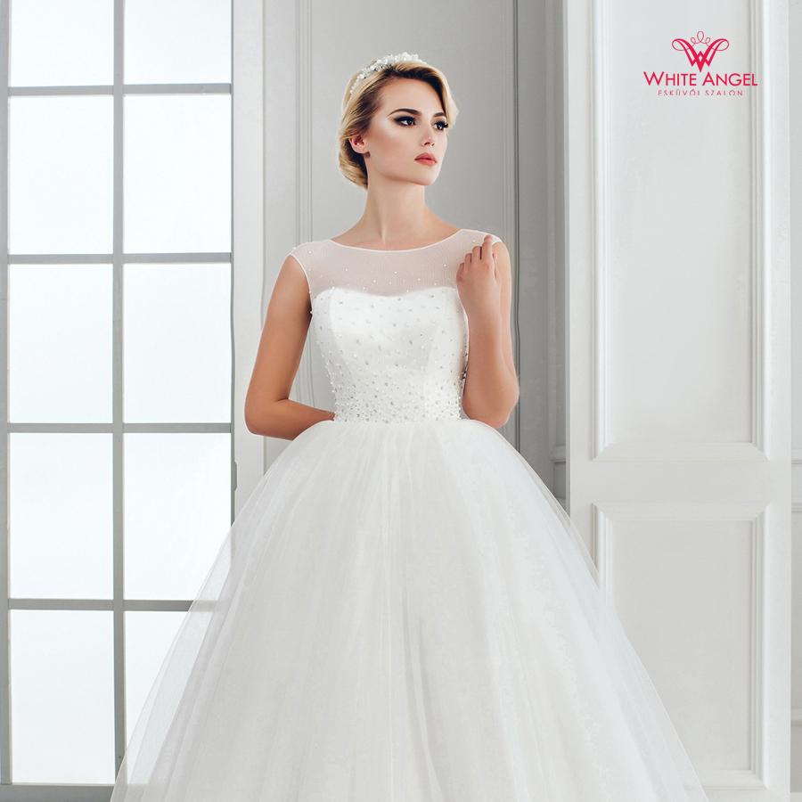 Menyasszonyi ruha Mary White 1032