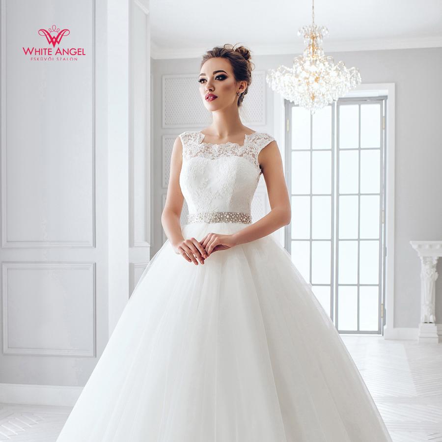 Menyasszonyi ruha Mary White 881