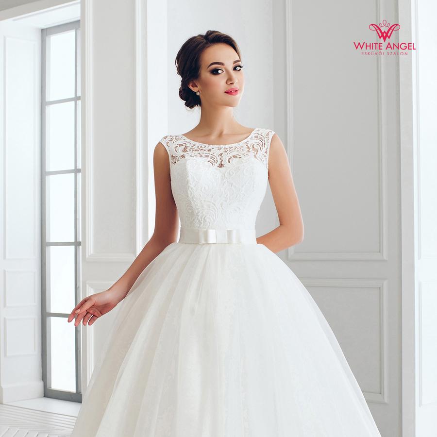 Menyasszonyi ruha Mary White 887