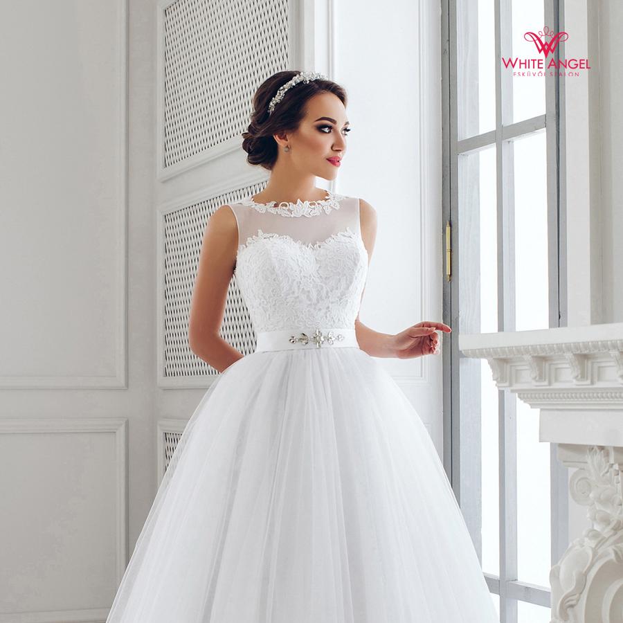 Menyasszonyi ruha Mary White 913