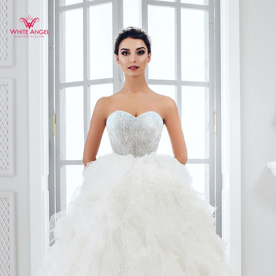 Menyasszonyi ruha Mary White 926