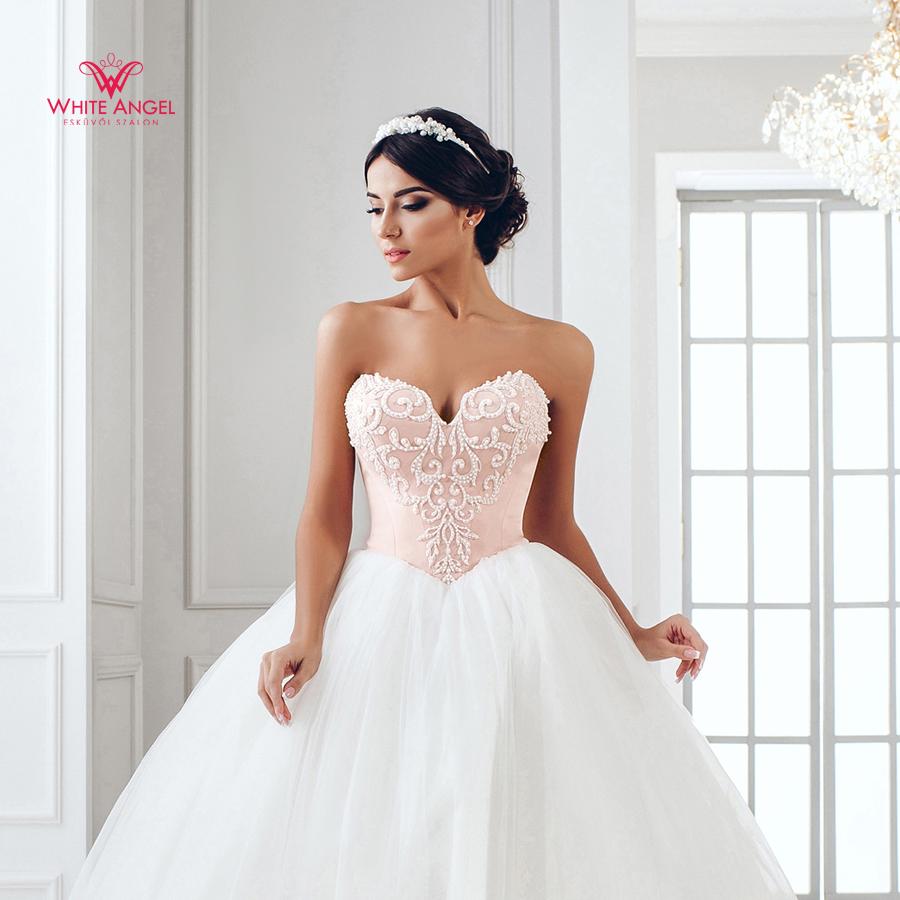 Menyasszonyi ruha Mary White 935