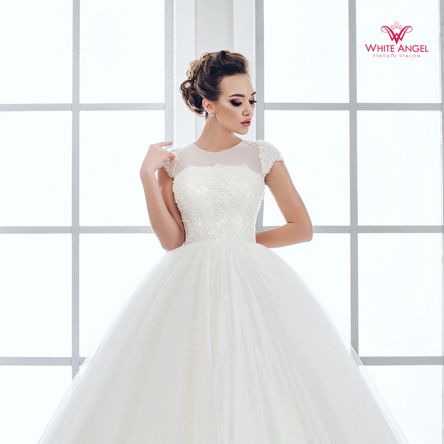 Menyasszonyi ruha Mary White 941
