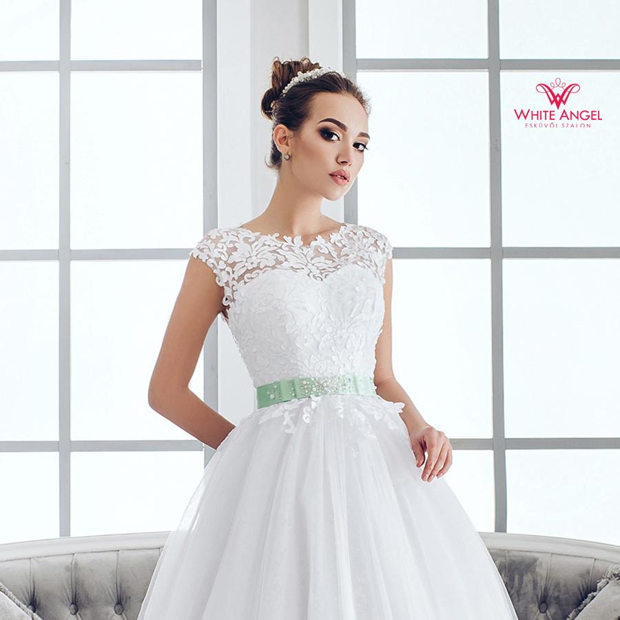 Menyasszonyi ruha Mary White 958