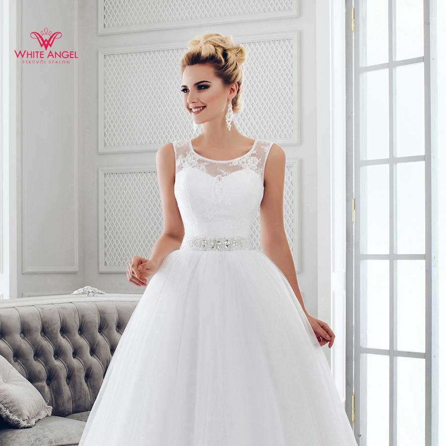Menyasszonyi ruha Mary White 972