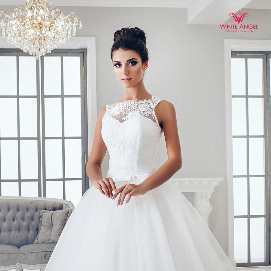 Menyasszonyi ruha Mary White 980
