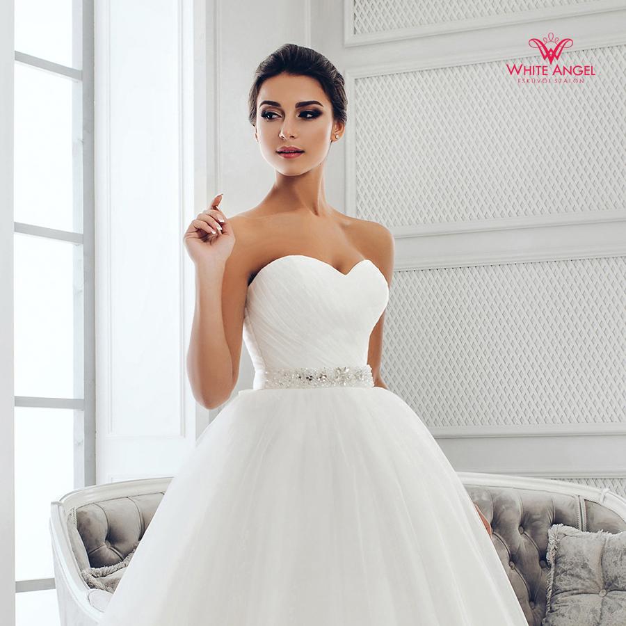 Menyasszonyi ruha Mary White 991