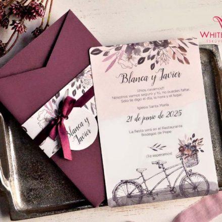 Sötét lila szalagos esküvői meghívó