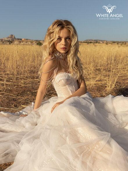 Charlie menyasszonyi ruha 132