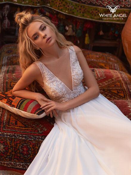Inesse menyasszonyi ruha 148