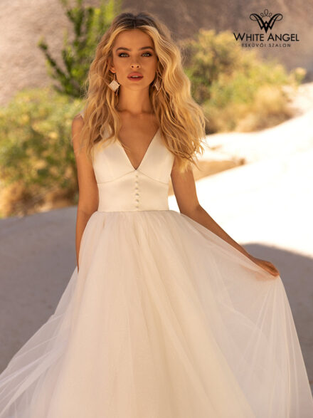 Julie menyasszonyi ruha 122